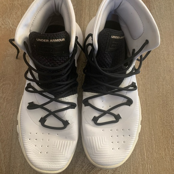 Under Armour' Curry 3Zer0 Basketball Shoes